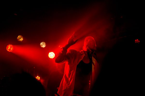HK et les Saltimbanks Concert à Wattrelos (59)