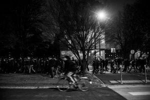 Manifestation en soutien à Théo et contre les violences policières – Lille – 9 février 2017   Le cortège traverse les quartiers populaires de Lille.
