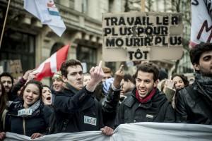 Des manifestants lors de la manifestation contre la loi travail El Khomri à Lille.