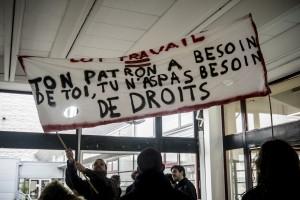 Préparation des banderoles pour la manifestation – Lille 3